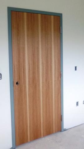 Door Suite 351B