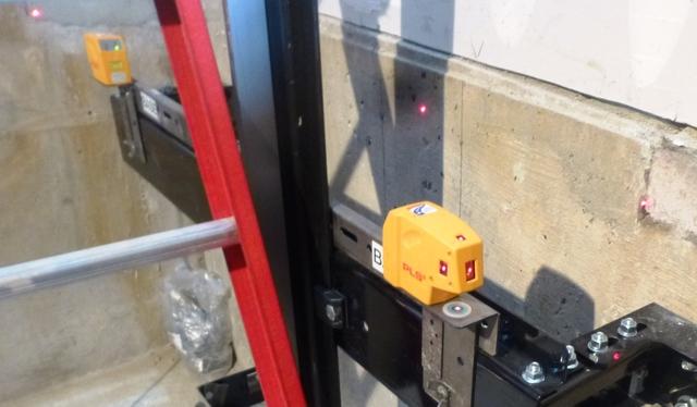 Elevator 4-way Laser